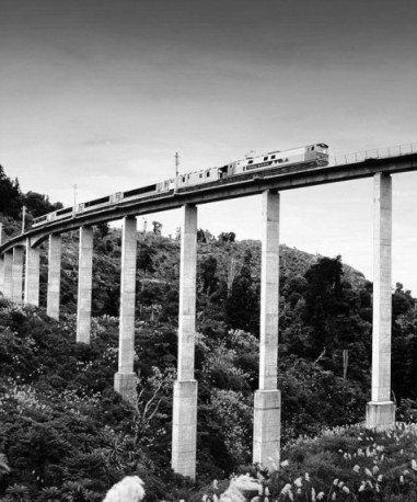 Overlander 4 (bridge)